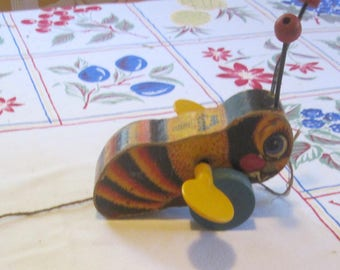 Vintage 1950s Fisher Price Buzzy Bee Pull Toy #325