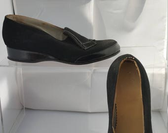 Fantastic 1940s black suede and leather shoes