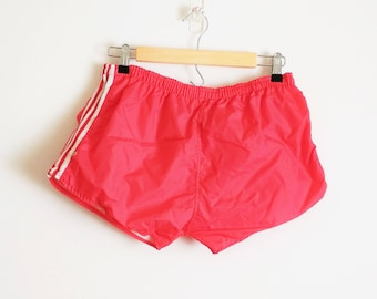 Vintage 1970s Gym Shorts Vintage Gym Shorts Vintage Shorts Red Shorts Red Gym Short Stripe Gym Shorts Vintage PE Shorts Small Medium