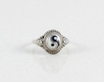 Sterling Silver Yin Yang Ring size 4 1/2