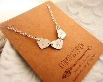 Personalized Heart Bracelet/Monogram Stamped 3 4 5 Letter Heart Initial Bracelet/Love Bracelet Best Friend Gift for Mom Sister Grandma Her