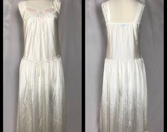 Lorraine Cream Nylon Nightgown with Pink Tulip Detail and Dropped Waist - Size Small