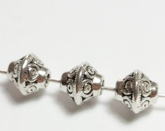 10pcs Tribal Saucer Beads - 6mm Beads - Antique Silver Beads - Metal Beads - Spacer Beads - Silver Beads - Jewelry Supplies - B02015