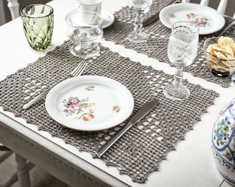 Crocheted linen doilies set