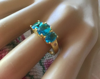 Antique vintage 18KT Gold Ring with trio of London Blue Topaz and Sapphire White stones ring size 7 or O