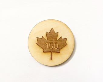 Canada 150 magnet engraved wood with maple leaf