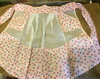 Vintage Pink and White Organza and Cotton Half Apron with Pockets and Ric Rak Trim