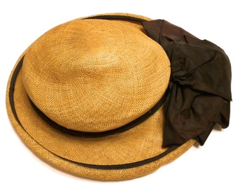 """Vintage 1940s New York Creations Straw Hat with Brown Ribbon 23"""""""
