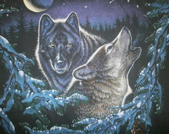 crunchy jams VTG WOLF T Shirt howling wolves amongst the moon and pines
