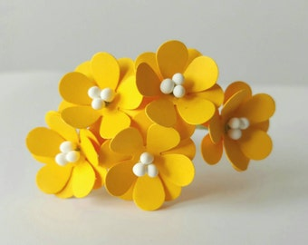 10 20mm yellow paper flowers with stems / paper flowers yellow / craft flowers / scrapbook flowers