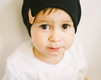 Slouchy Baby Beanie - Black Ribbed