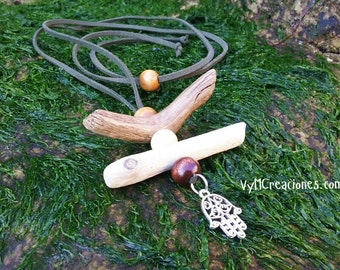 Necklace wood sea, military green hand of Fatima. Driftwood necklace