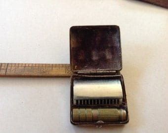 Vintage Travel Razor made in Germany