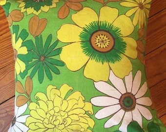 Retro flower power throw pillow cover, removable throw pillow cover, vintage throw pillow, upcycled throw pillow, green flower pillow cover,