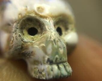 Skull pendent