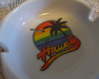 Vintage Hawaii ash tray