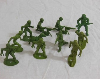 Green Plastic Army Men, Vintage, Play War