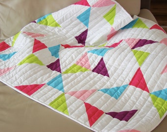 Modern Baby Girl Quilt / Quilt for Sale /Handmade Baby Quilt / Modern Baby Quilt / Toddler Quilt / Baby Blanket / Crib Quilt