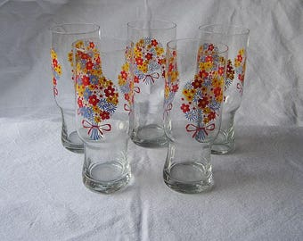 70s Sweet Flower Power Glasses / Hand painted / 5 Pieces