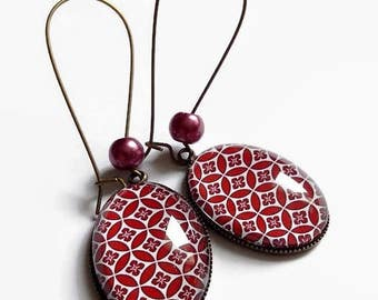 dangling earrings * way art deco geometry * floral Burgundy, glass cabochon
