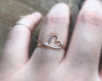 925 sterling silver-Dainty simple everyday wire heart ring