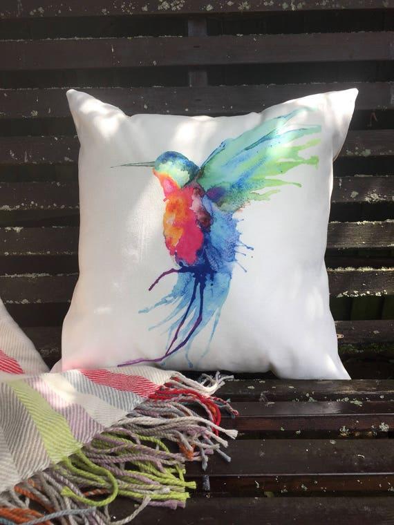 18x18 Hummingbird Cushion