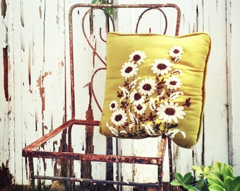 60's Crewel Pillow Daisies Pea Green Bohemian Household Decor