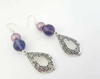 Purple drop earrings - Valentine earrings - Purple earrings - Purple dangle earrings - Purple earrings - Long drop earrings - Purple jewelry