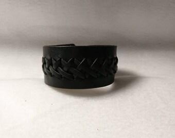 Wristband / bracelet - black leather - braid
