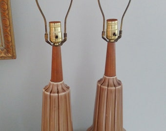 Qty. (2) A Pair of Mid Century Modern Retro Ribbed Ceramic Wood Lamps