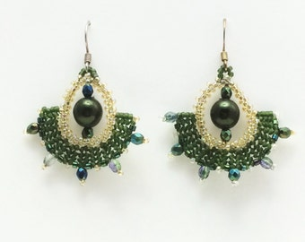 Beaded drop earrings green crystals and pearls