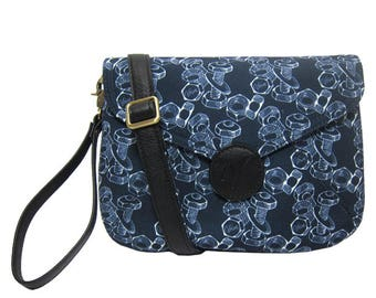Veira Bolts & Nuts Printed Clutch