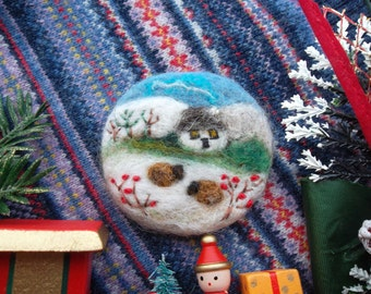 needle felt brooch felted animal pin sheep lamb pin winter felt picture embroidered Japan wool art felt jewelry unique birthday easter gift