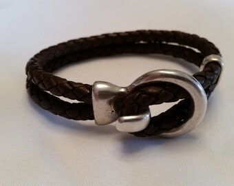 Round leather bracelet with toggle clasp LB5-01 5 mm