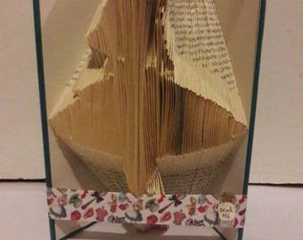 ALICE IN WONDERLAND themed book fold