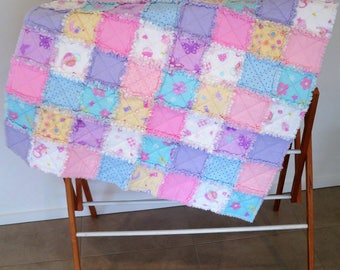 Frayed edge Flannelette Cot Quilt ,Play mat, throw,  Cuddle Quilt. Baby Blanket  *SHIPPING INCLUDED