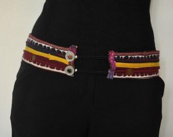 Belt ethnic buttons