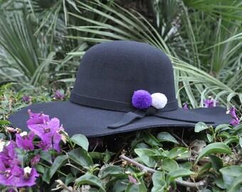 Hat Black PomPoms beige and violet