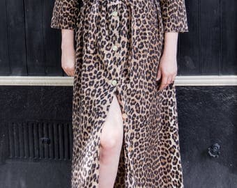 Vintage Dorme Cheetah Leopard Print Button-Front Long Maxi Robe with 3/4 Sleeves, Collar, and Belt