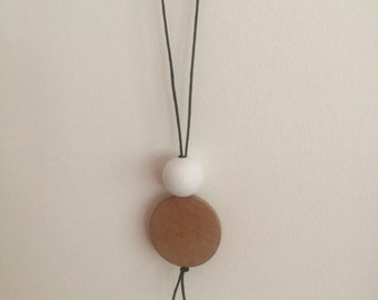 Wooden bead necklace // hand painted // white and natural