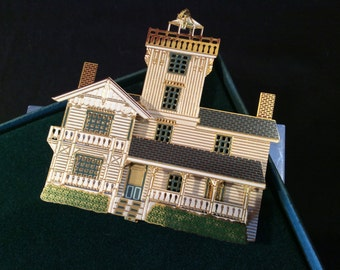 Shelia's Historical Ornament collection- Point Fermin Light
