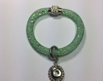 "Soft GREEN ""Mesh"" MAGNETIC FIREBALL Snap Bracelet...fits 12mm Snap Buttons..."