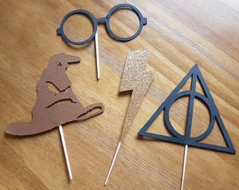 Harry Potter cupcake toppers,Wizarding world cupcake toppers, lightning bolt cupcake toppers, Harry Potter party, first birthday,baby shower