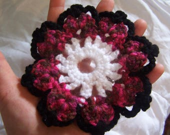 Mixed Pinks, Black and White 13cm Flower