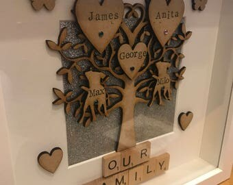 1-8 names ***Handmade / personalised family tree frame with scrabble art. Perfect for all occasions. Birthdays wedd