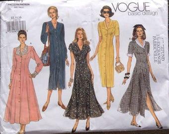 ccf4cf9354 Dazzyling Designer summer suit ensemble Vogue sewing pattern from ...
