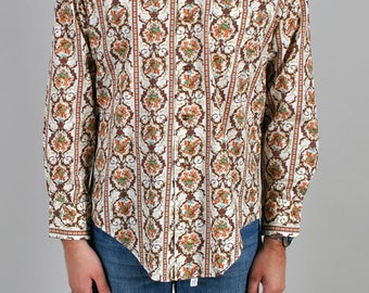 Vintage 1970's Hippie Dude Paisley Print Button Up S3