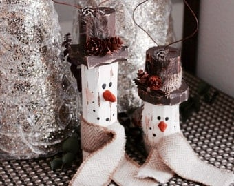 Pair of Salvaged Pine Rustic Snowmen Ornament - Neutrals