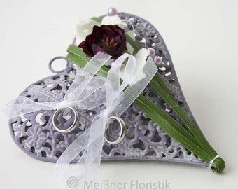 Ring pillow wedding metal ornament