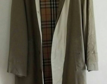 Vintage BURBERRYS Nova Check Lining Beige Color Trench Coat Jacket.
